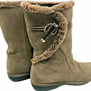 Stuart Weitzman suede shearling lined boots  7.5